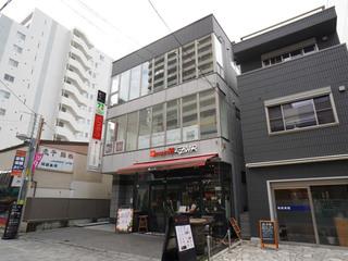 「GOLF&CHICKENDINING 71」が入居するスペランツァ町田