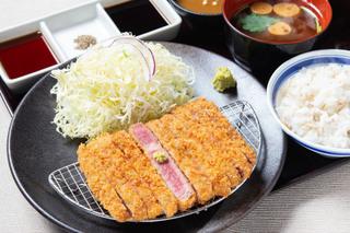 京都勝牛の「牛リブロースカツ膳」