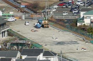 「町田3・3・36号線」のC地区・旭町陸橋北側の南行き方面に設置された「バスベイ」