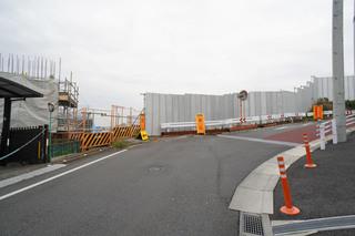 「町田3・3・36号線」の旭町陸橋南側に設置予定のトンネル予定地