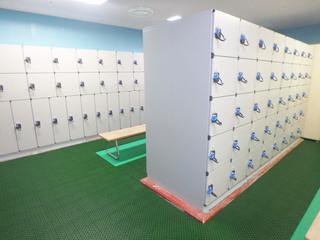改修後の「町田市立室内プール」のプール更衣室&ロッカー