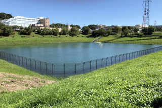 大雨後の小山上沼公園雨水調整池の様子